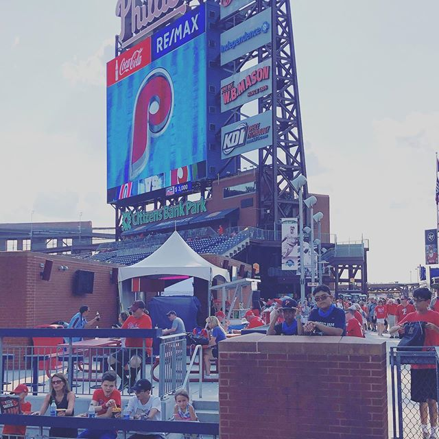 Three Phillies Games in 3-days! Fans were great but the humidity was rough! Thankful for sport towels, misters and great food! ❤️⚾️ @phillies @peanutsnballparks #peanutsnballparks #beisbol #baseballislife