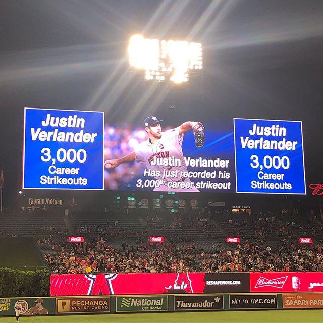 Craziest 3k strikeout I've seen.....and @andrelton2 follows it up with a home run! ⚾️⚾️⚾️ @angels @astrosbaseball #peanutsnballparks #baseballislife #baseballfun!