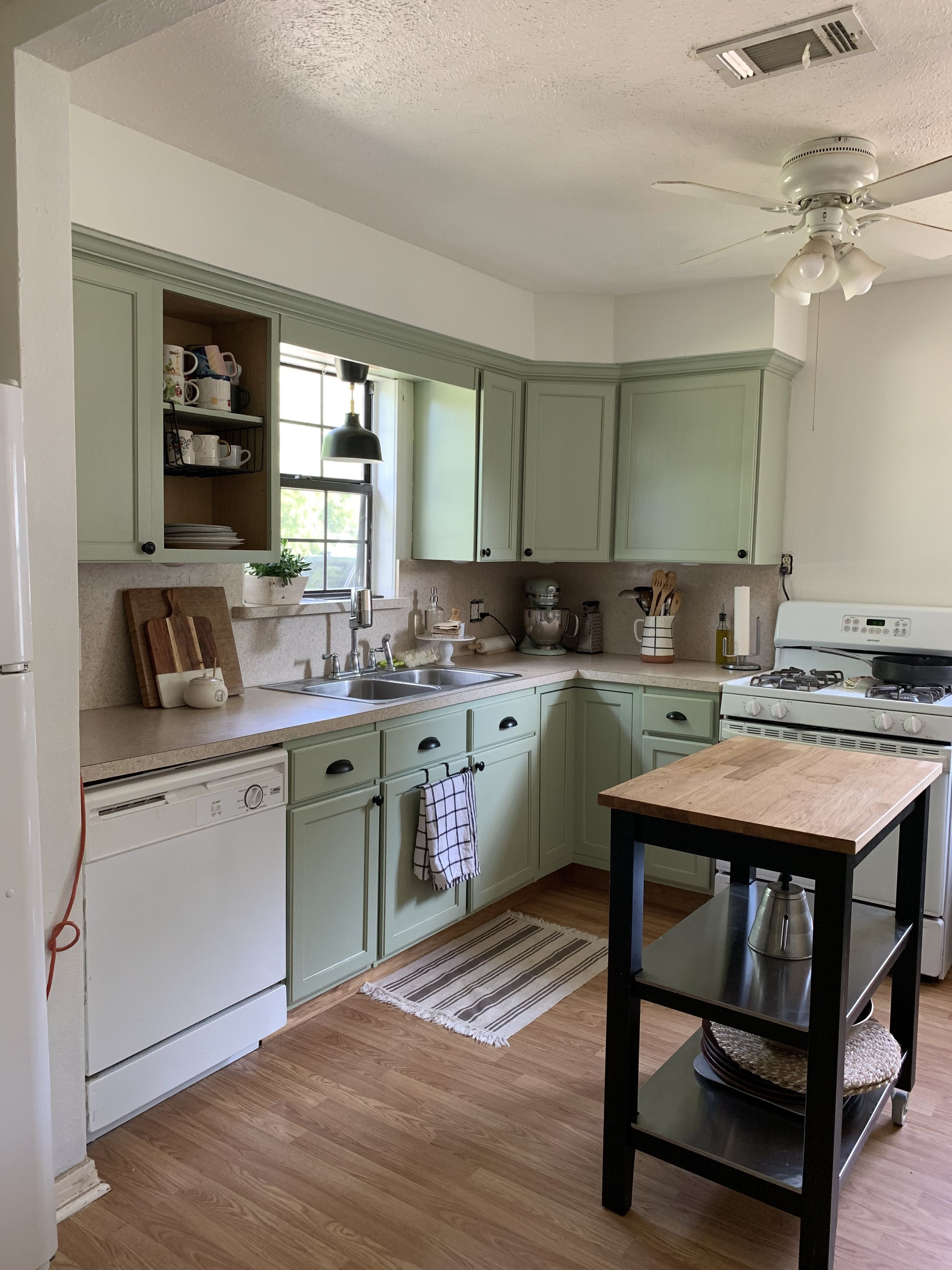 Did I cry when these walls were finally white? 100%. I have loved the cabinet color from the beginning, but seeing it against the white just brought another level of joy to this kitchen.