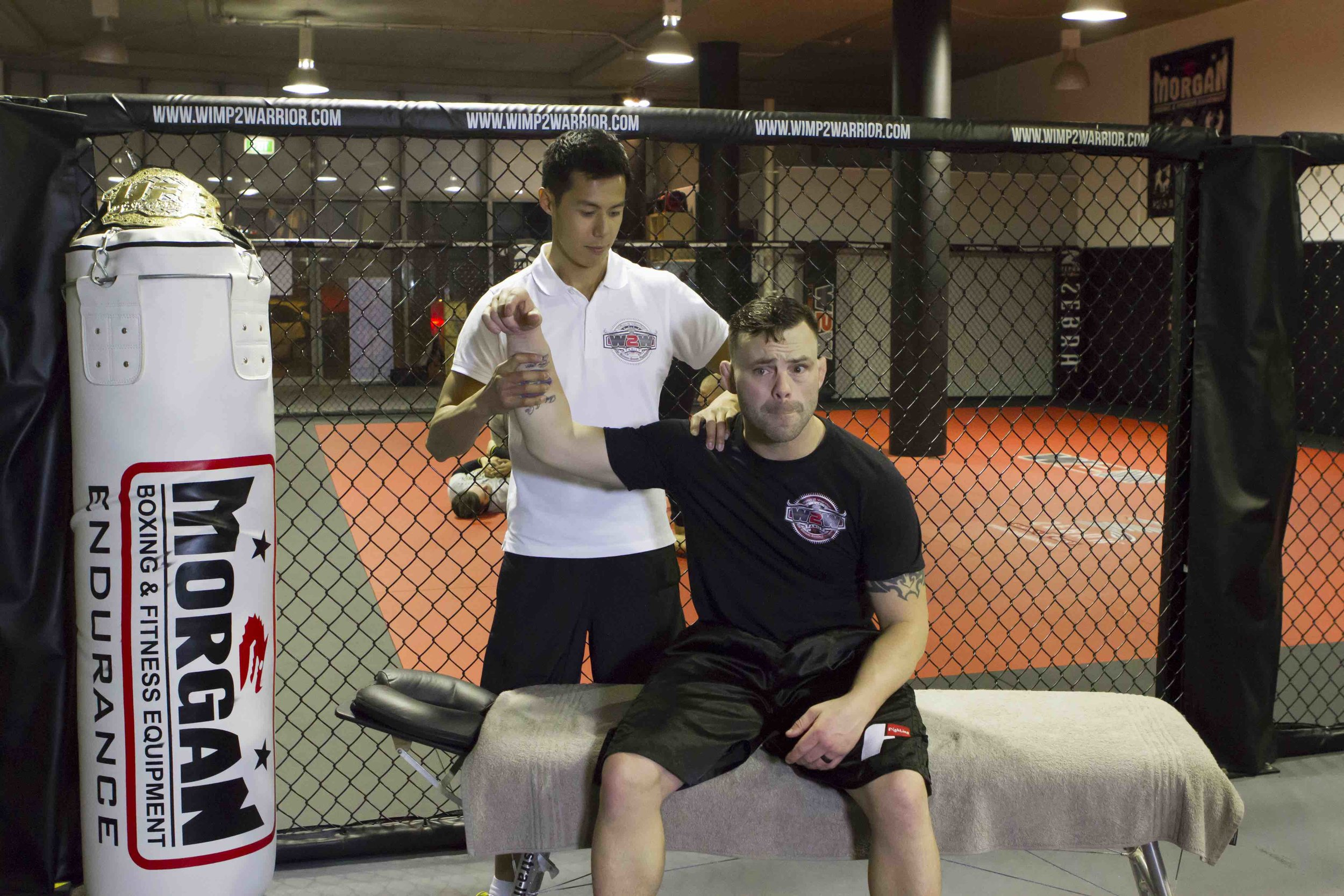 Wimp 2 Warrior MMA TV Series - While working as the sports chiropractor for the Wimp 2 Warrior MMA TV Series, Dr Steve had the opportunity to work with MMA athletes, including former UFC Lightweight Champion, Jens Pulver.