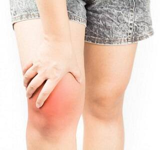 what causes knee pain and swelling