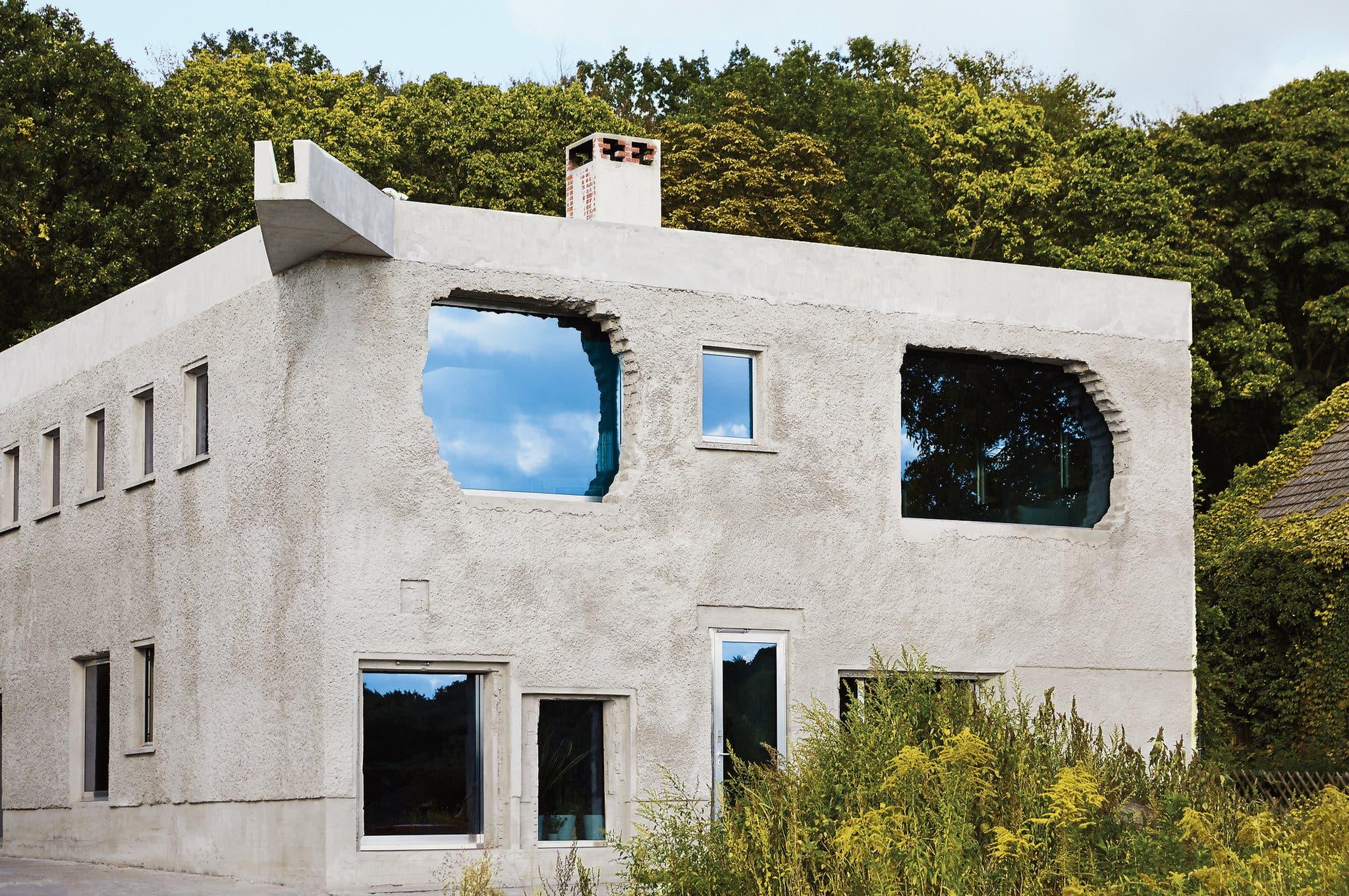 brutalist-architecture-slide-0TC9-superJumbo.jpg