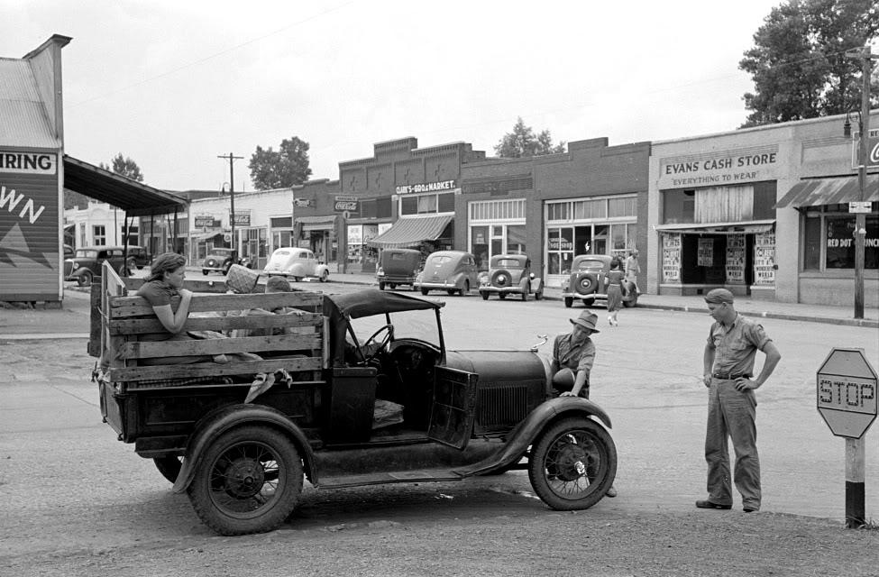 1939HenryettaOK.jpg