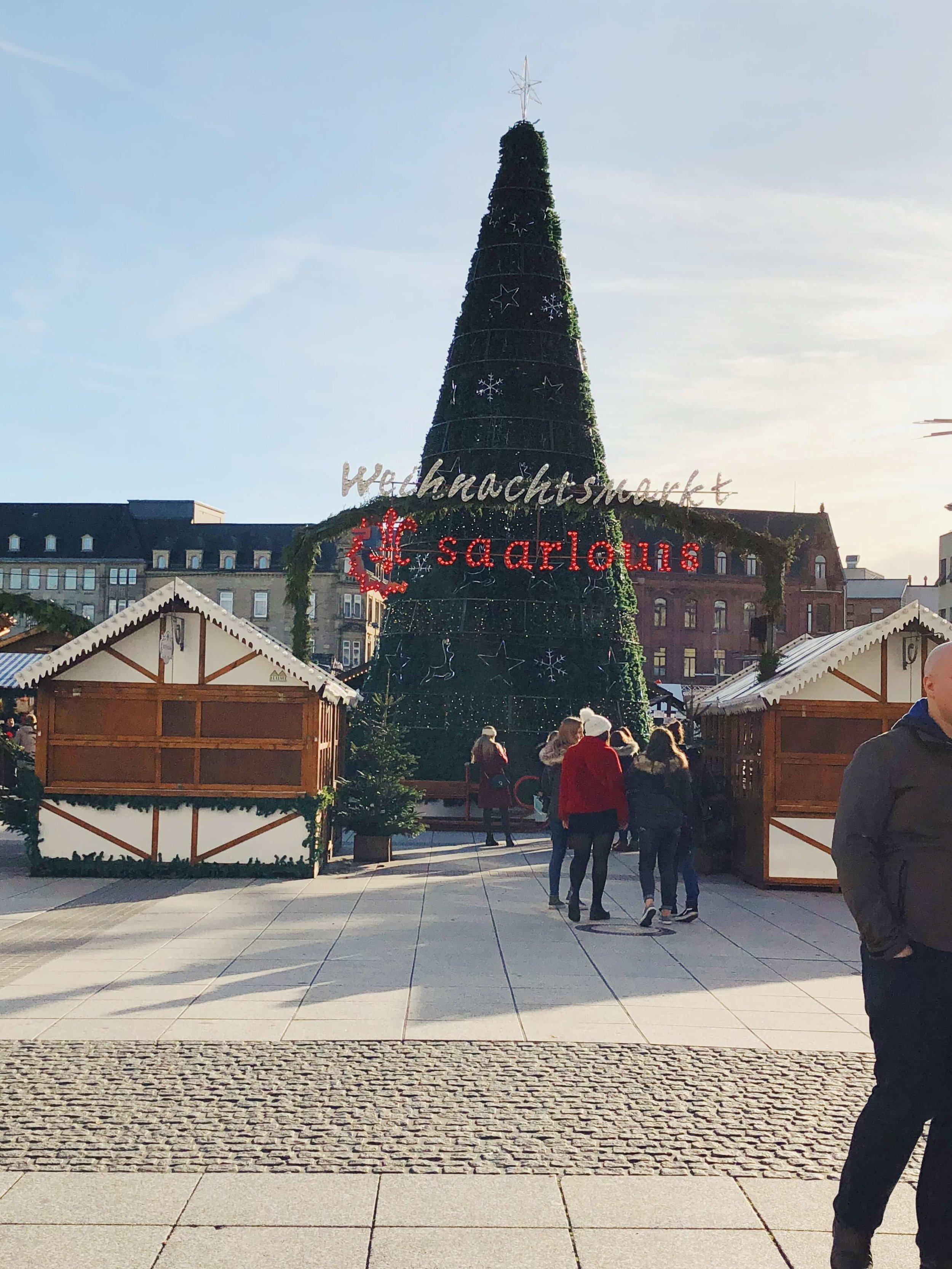 Saarlouis - Weihnachtsmarkt & Cafés