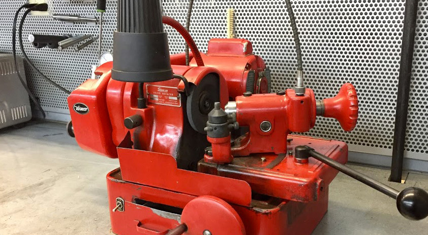 SNAP-ON VALVE REFACER