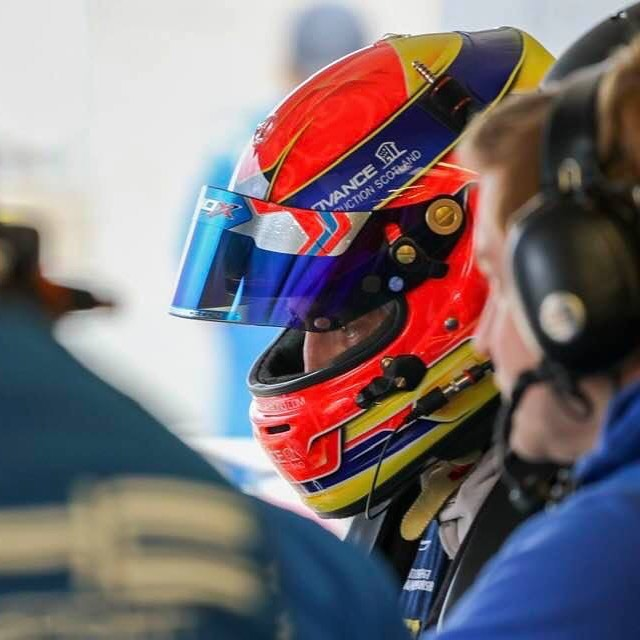 Qualifying day @brandshatchofficial for @british_gt at 4 o'clock, all looking good so far 💪  #advanceconstruction #baylisandharding #HHC #57 #McLaren #gt4 #570s #freem #britishgt #scotland #🔵⚪️