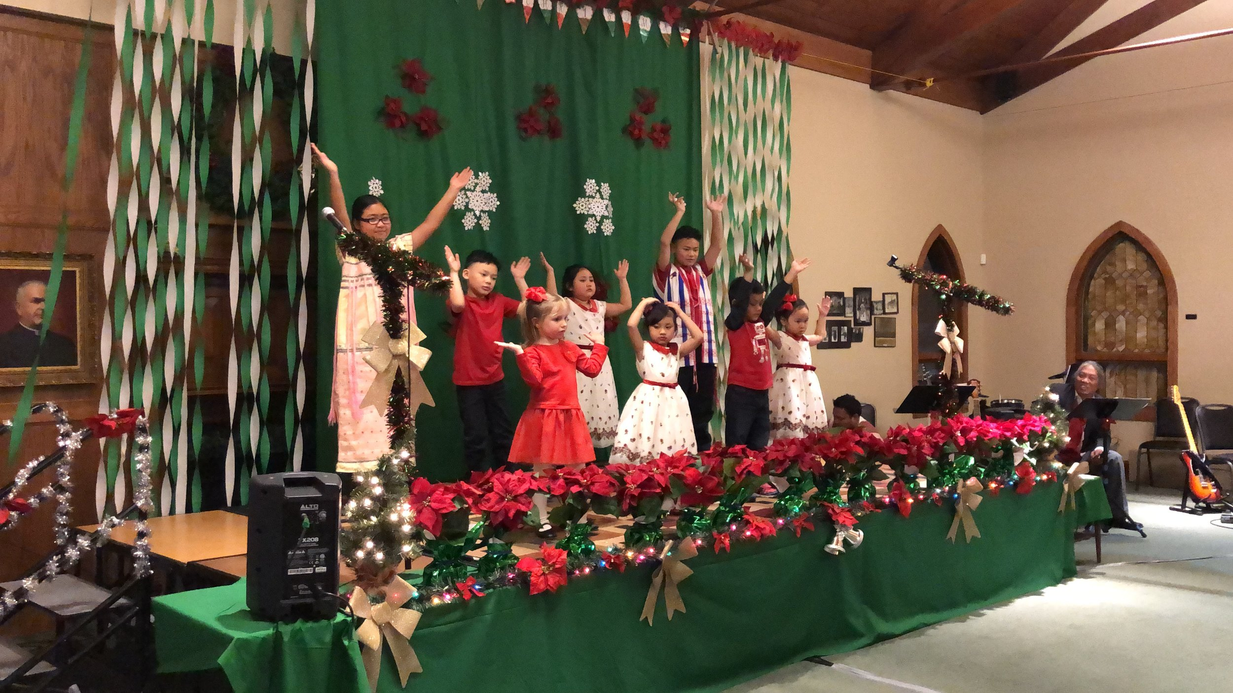 Sunday School - Dancing at Christmas.JPG