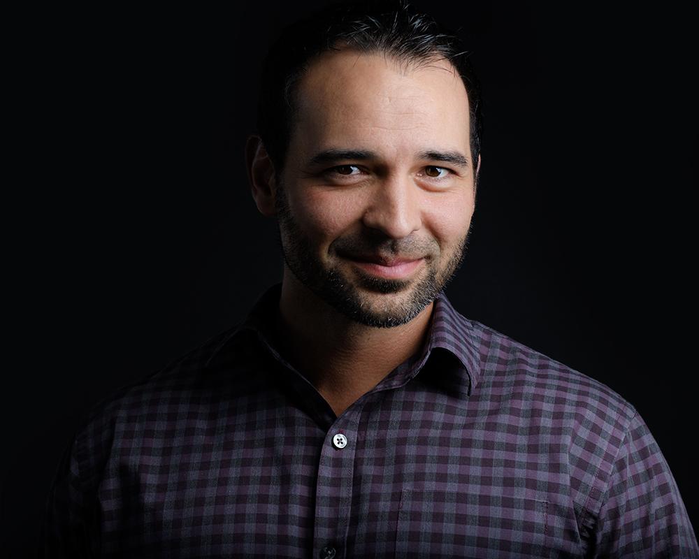 Louisville-Headshot-Carl-Armijo-Actor-Headshot