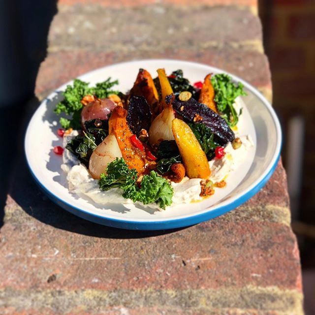 Baharat spiced roasted heritage carrots, autumn cabbages with tahini and garlic labne.. Plateful of sunshine, happiness & feel good food for those lucky people who booked in tonight as we are fully booked for dinning in but you can always phone us to order it for take away!  #eatinortakehome #tabureway #harpenden #stalbans #berkhamsted #chefslife @tabure_kitchen
