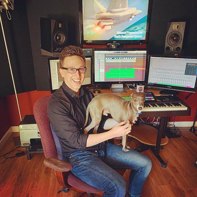Studio Doge. 😁🐕🎬🎹 - 📷 @mckenzie.allyn . . . #filmcomposer #filmscoring #musicforfilm #musicstudio #studiosetup #soundtrack #score #doge #commercial #composer #bts #grind #music #musicismylife #composingmusic #musicman #musictime #musicblog #soundcloud #hustle #musicislife #screens #logicprox #kontakt #macpro #instamusic #composer #composerlife #ipad #akai