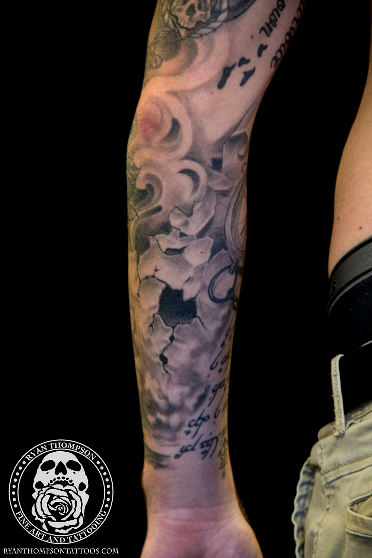 Swiggart-Tyler-NauticalSleeve-8.jpg