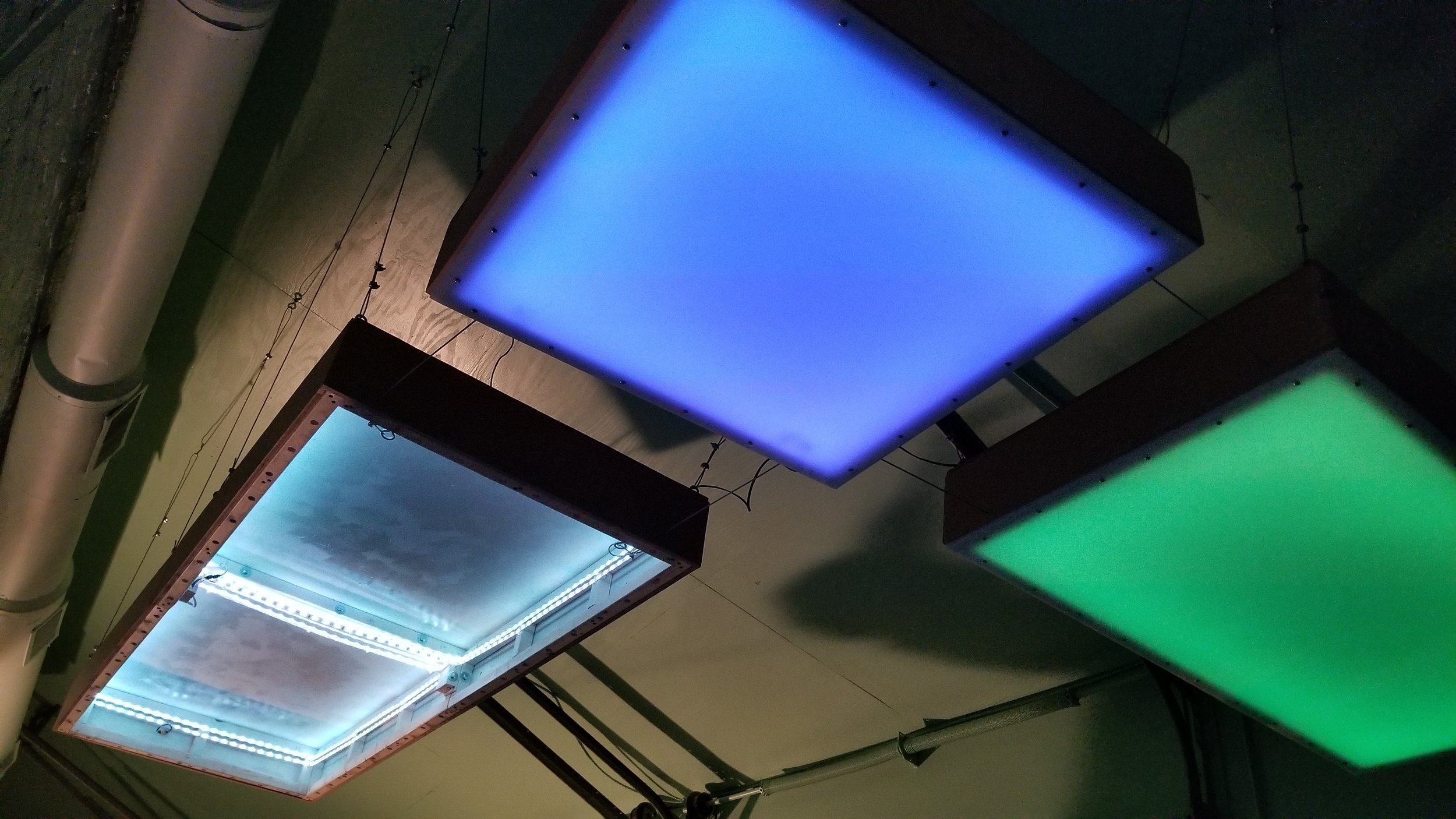 Eddie Farr - LED + electronic design.