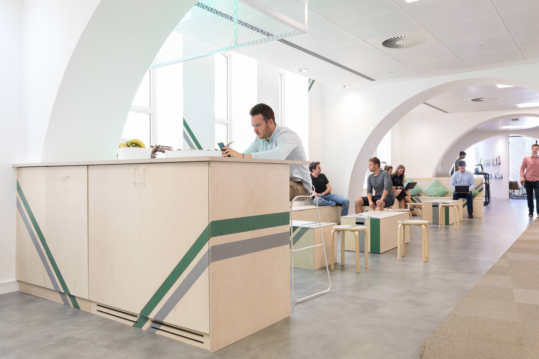 trifle-office-design-Octagon-2.jpg