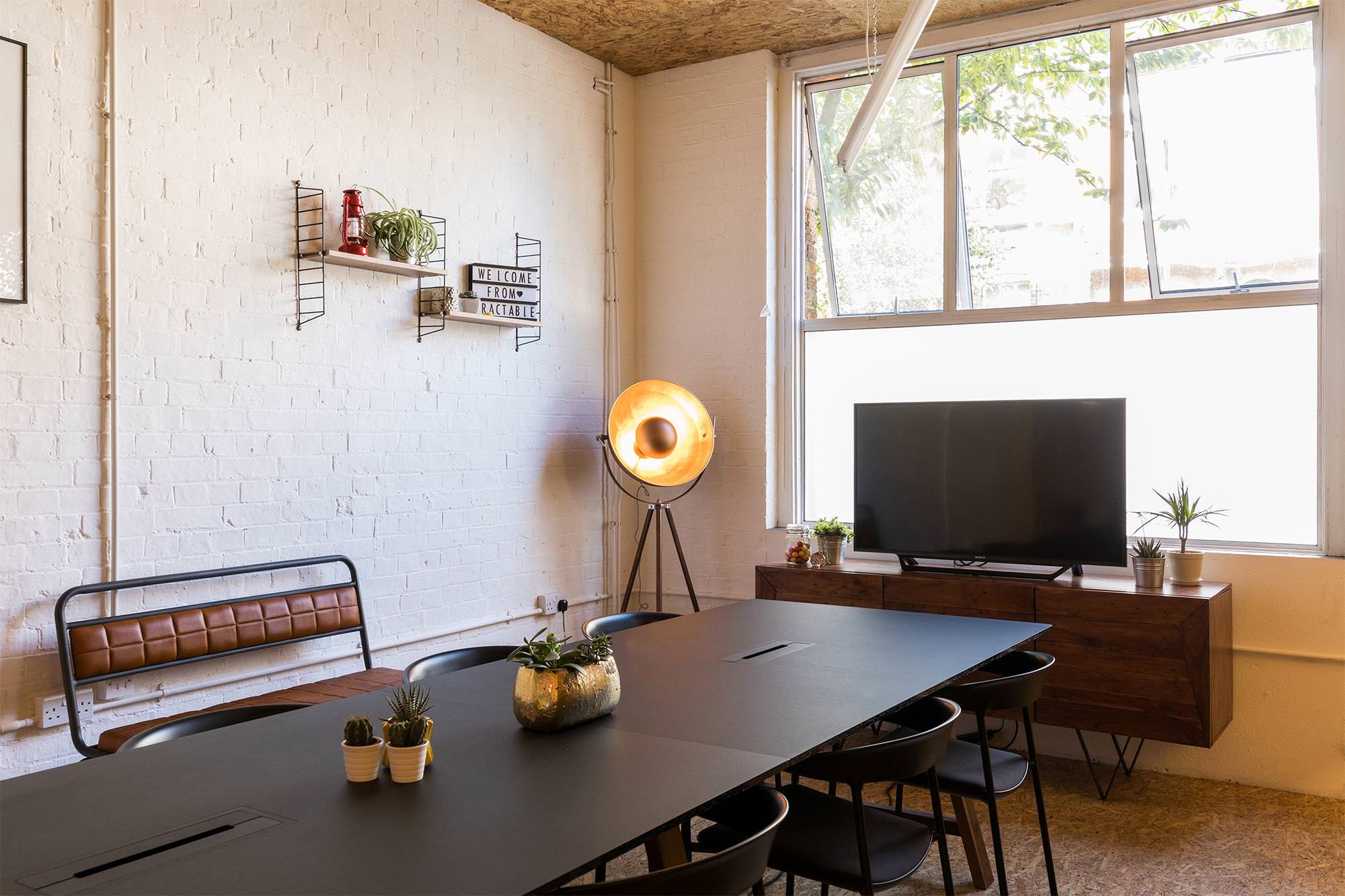 trifle-office-design-tractable-4.jpg