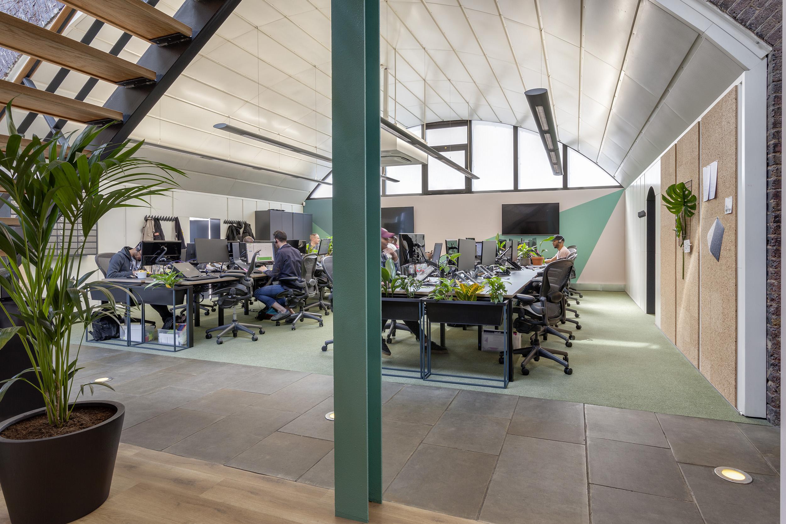 Workspace-design-interiors-MVF5.jpg