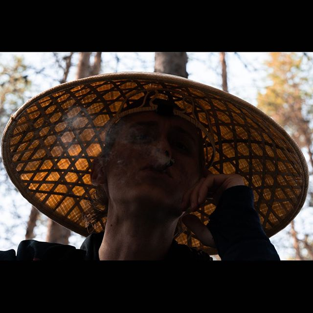 Wednesday 🎉❤️⚔️ Having a little break in the middle of the week! What are you guys doing on your summer breaks? . . . #animositet #animositetmovie #movie #movies #movielover #film #filme #films #filmisalive #filmphotography #filmmaking #behindthescenes #bts #filming #break #samurai #samuraiart #art #artist #norway #mentalhealth #mentalhealthawareness #wednesday #summer #summerbreak #wednesdaywisdom #henrikholm