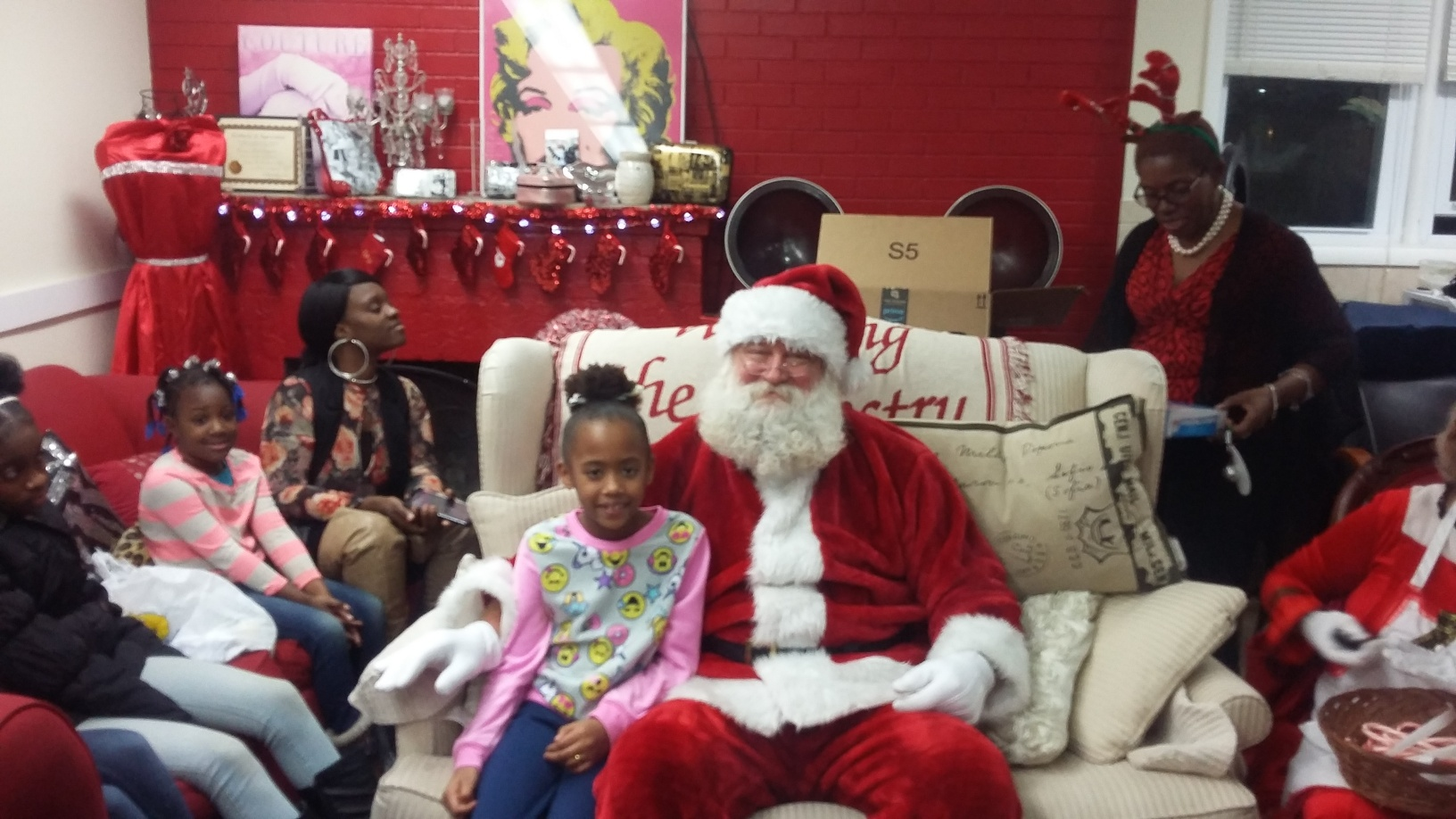 SANCTUARY FOUNDATION'S HOLIDAY EVENT WITH SANTA