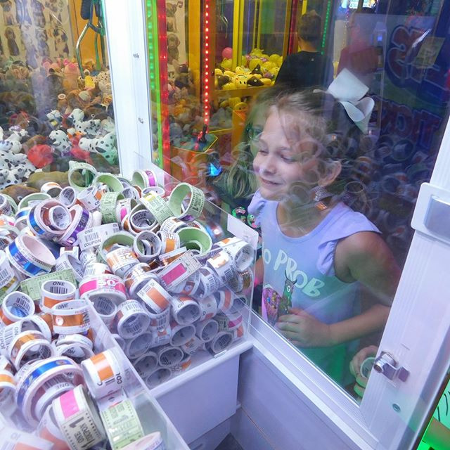 Don't miss out on all the fun to be had during our Labor Day Weekend special! Right now when you buy a Mega Pass, you can get a $5 Play Card FREE! Enjoy all your favorite attractions and rack up tickets in the arcade! . . . #Webster #Texas #PuttPutt  #FamilyFun #Summer #FunPark #FunHouse #OutdoorFun #IndoorFun #InstaTexas