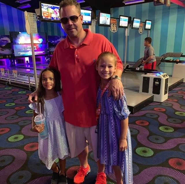 Mini Bowling is fun for the whole family! With our brand new Unlimited Passes, you can enjoy all your favorite attractions for less. Head to our website to learn more! 📸 @andrewlehman34 . . . #Webster #Texas #PuttPutt  #FamilyFun #Summer #FunPark #FunHouse #OutdoorFun #IndoorFun #InstaTexas
