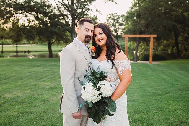 Congratulations Amanda & Jack! Your wedding was fabulous and Amanda you were GORGEOUS! 😘❤️❤️❤️ . . . . . . . . . #oklahoma #oklahomabride #bridesofok #oklahomaweddings #oklahomaweddingphotographer #weddingphotographer #couples #dallasweddingphotographer #dentonweddingphotographer #northtexasweddingphotographer #fortworthweddingphotographer #tulsaweddings #tulsaweddingphotographer #belovedstories #wildandcrazylove #epicloveepiclife #destinationweddingphotographers #radcouples #lookslikefilm #radlovestories