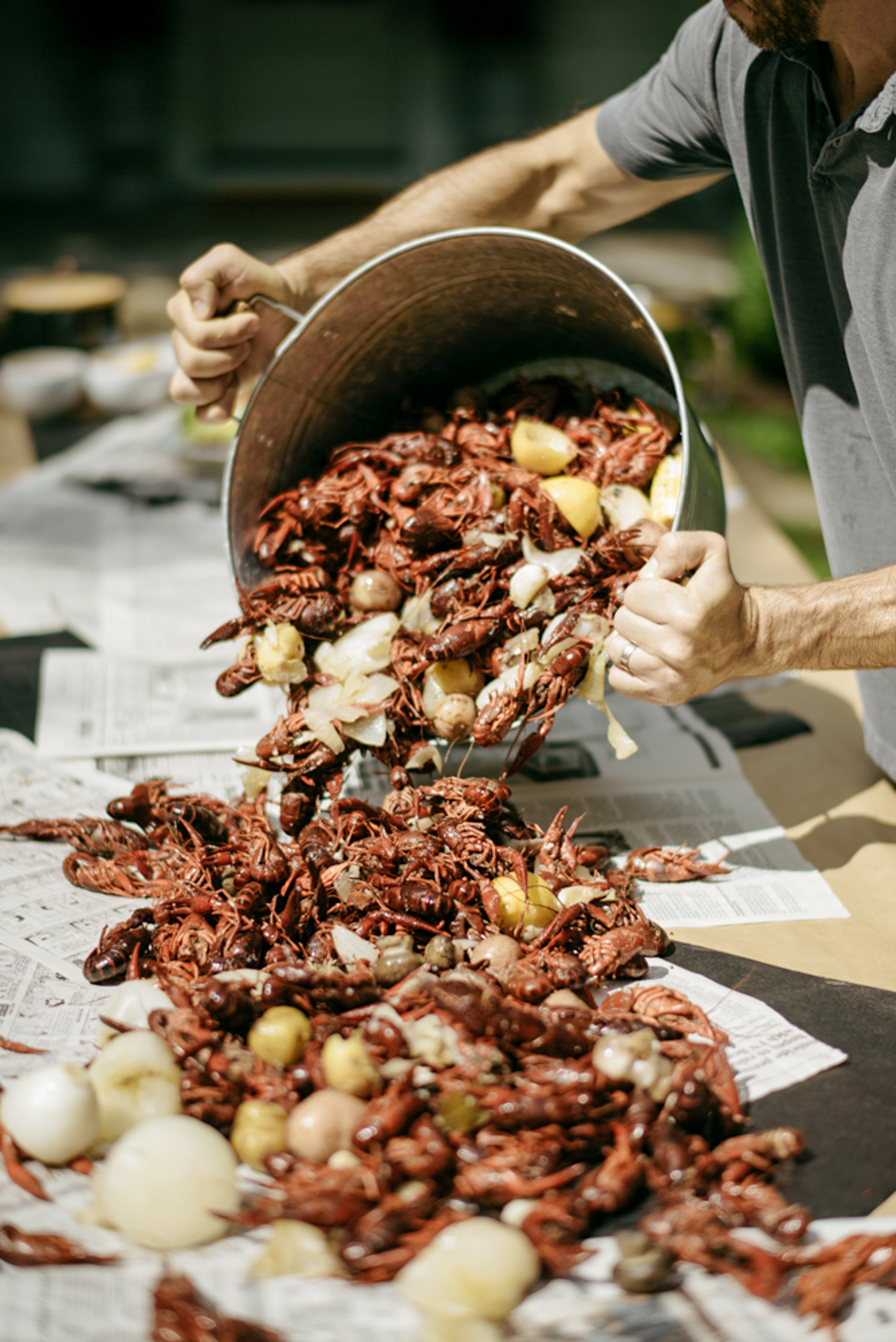 149-mayker-creative-crawfish-boil-summer-party-ideas-rentals-nashville-design-tips-hosting-entertaining-Fox-Country-Farmhouse-Fourth-of-July.jpg
