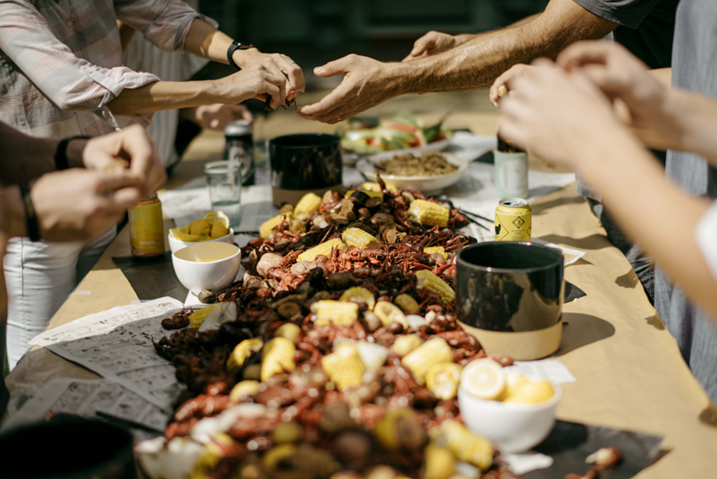 176-mayker-creative-crawfish-boil-summer-party-ideas-rentals-nashville-design-tips-hosting-entertaining-Fox-Country-Farmhouse-Fourth-of-July.jpg