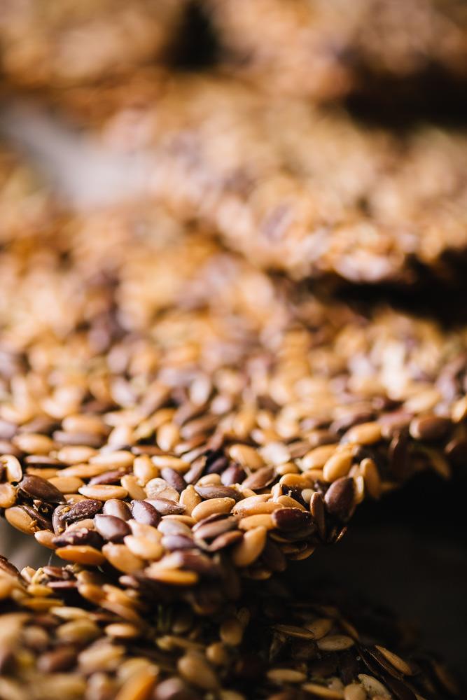 flax_seed_crackers-2.jpg