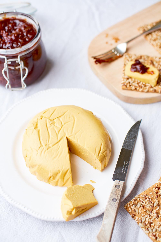 homemade_smokey_vegan_cheese-14.jpg