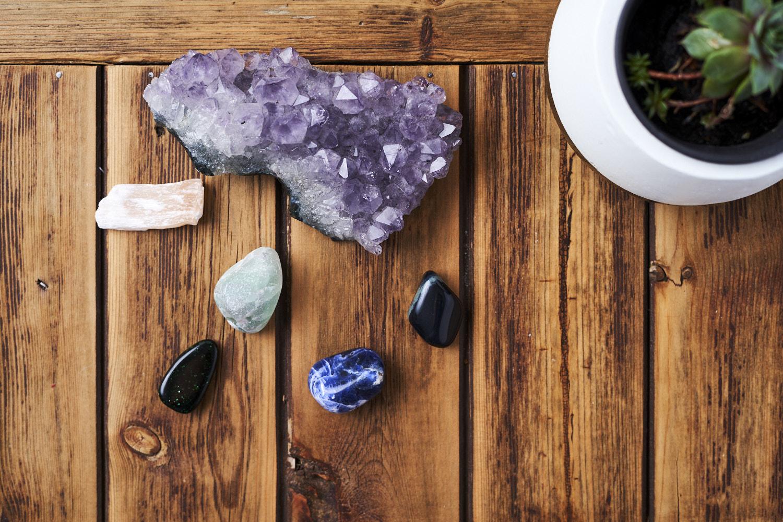 Healing_crystals 1.jpg