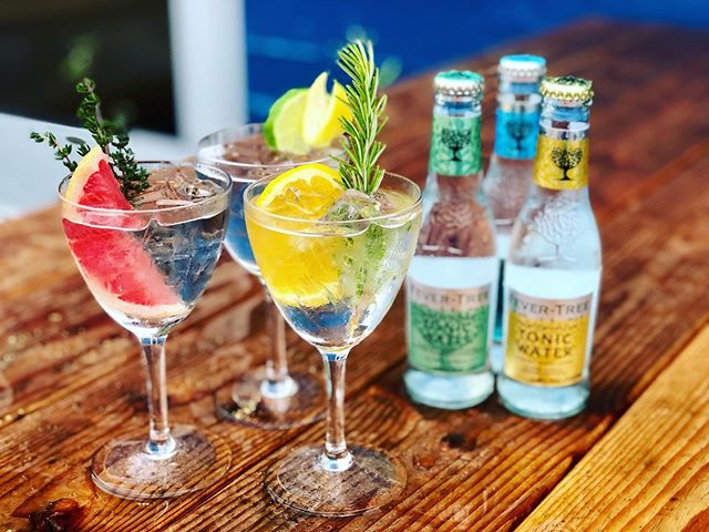 Well this rain is weird huh #pdx ? Good thing for #ginandtonics at our Tasting Room. We have all the tonics, not to mention our Gin and Rose Tonic in a can!! 🌹🍸
