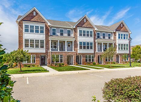 Carmichael - PATRICK HENRY PLACE513 Violet Court I Newport News, VA 23602HHHunt Homes