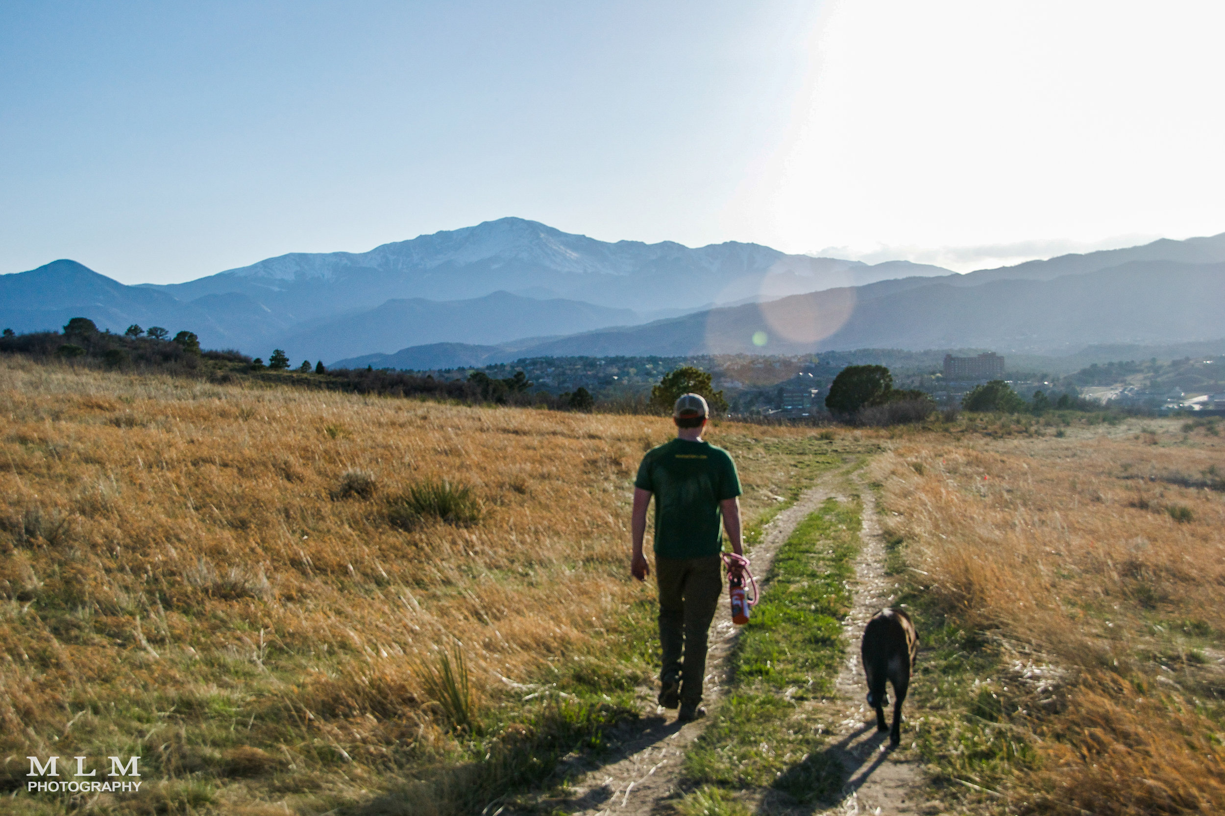 Palmer Park (easy) - Palmer Park is the perfect starter hike for families and dog lovers!