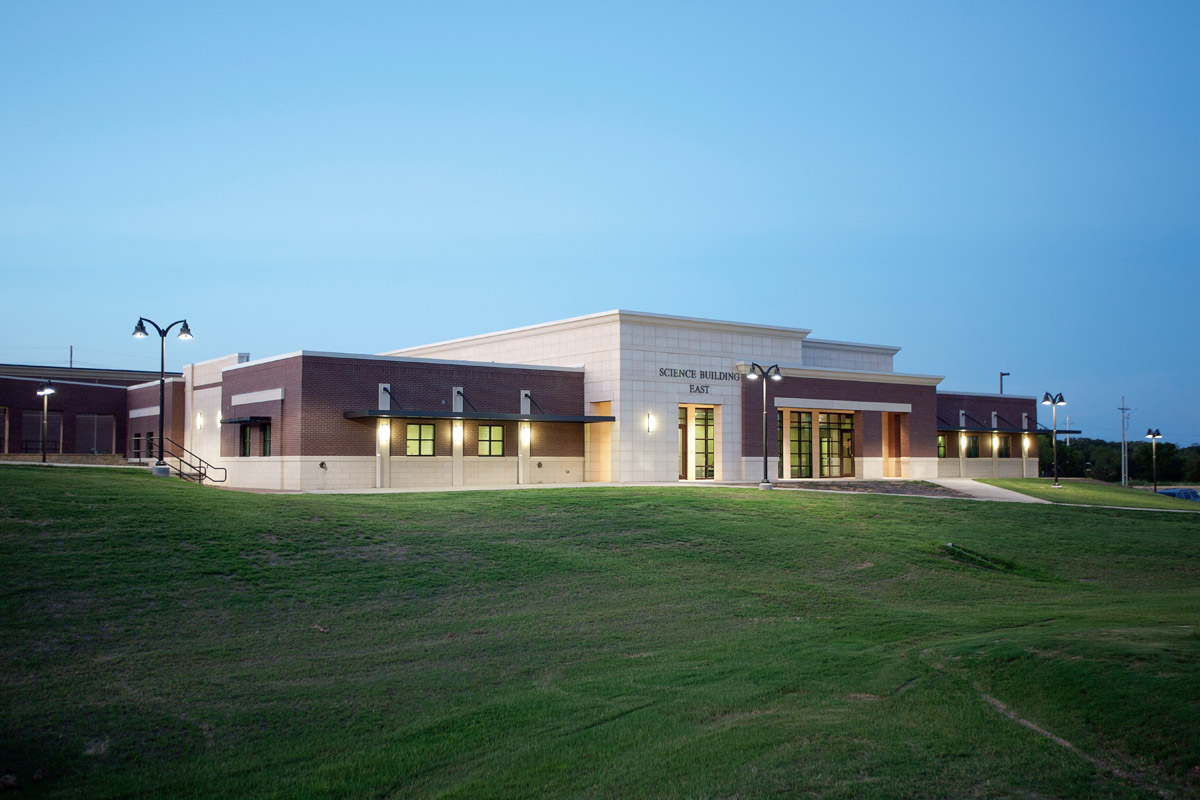 Holmes Community College Science Building