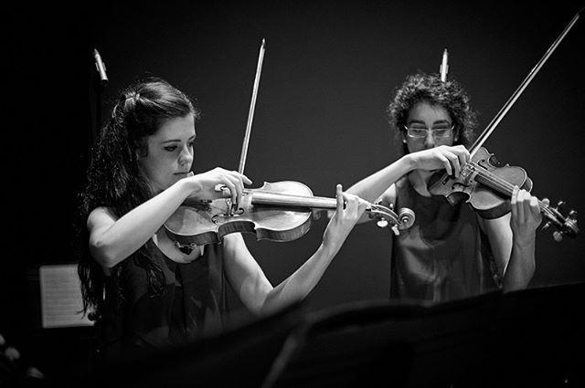 @michalnovakphoto : we LOVE your PHOTOS!!!!!💥💥🔥🔥🔥🔥 . . . . . #blackandwhite #blancoynegro #foto #photography #musicianphotography #fotografiamusical #musicosespañoles #spanishmusic #ensemblepraeteritum #michalnovakphotography #classicalmusic #klassikphotography #onstage #uc3m