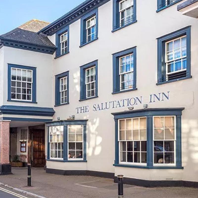 The Salutation Inn - 13 miles