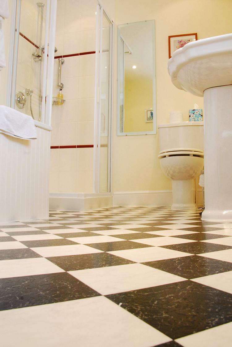 West Room Bathroom.JPG