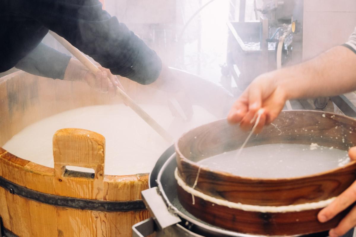 Filatura della mozzarella