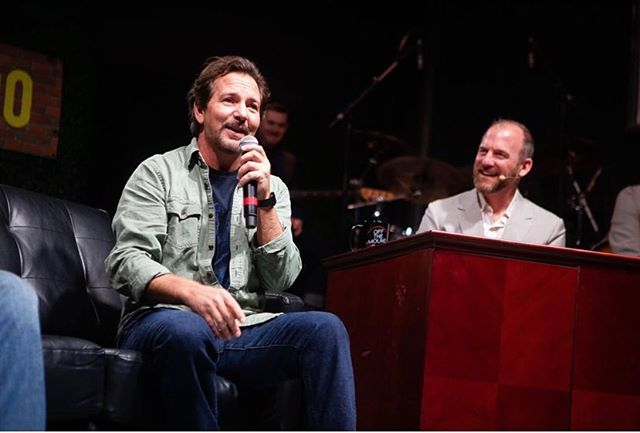 About last night... #EddieVedder stopped by #offthemound to chat baseball with Ryan Dempster and Sean Casey. Photo cred: @jimlouvau