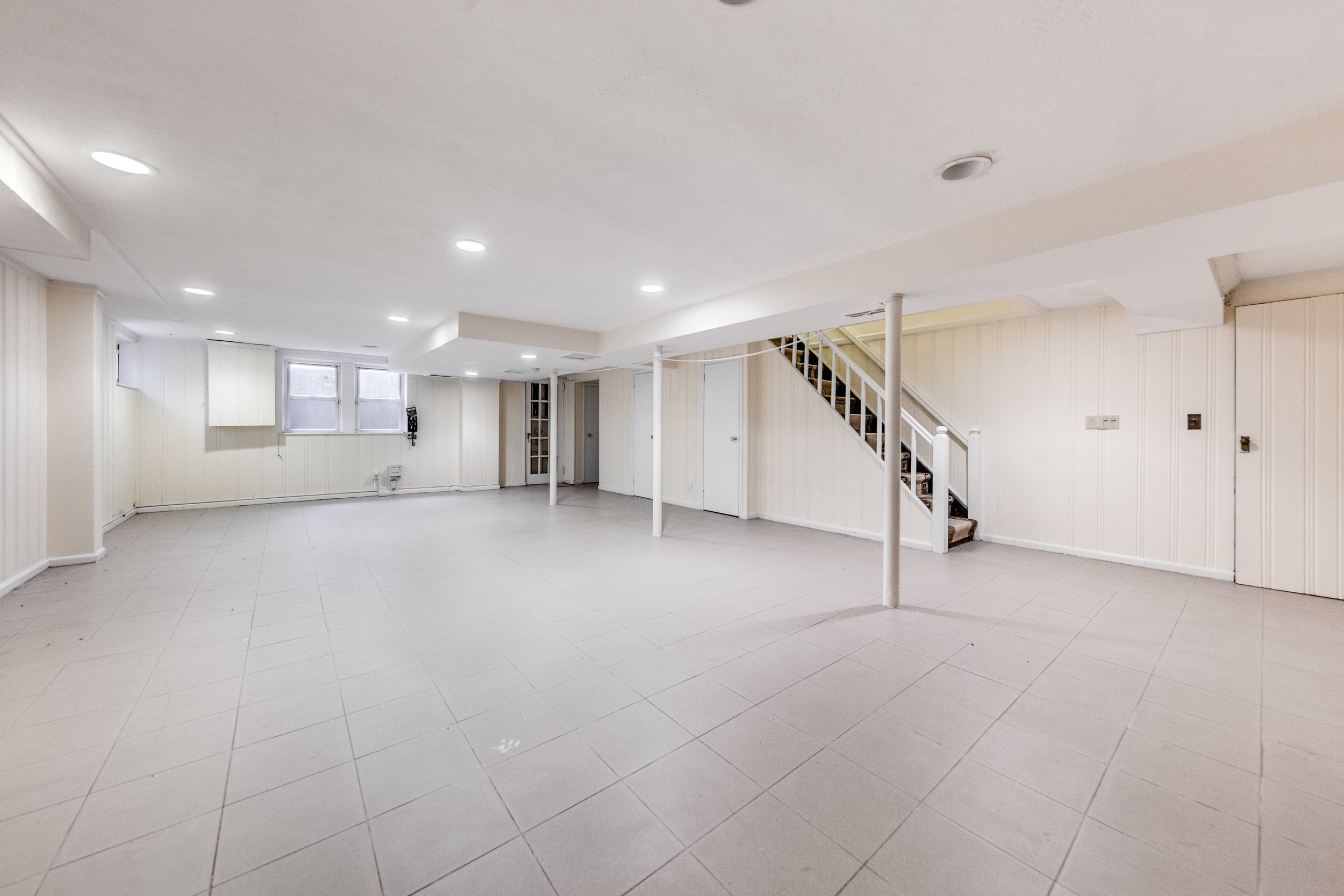 16. basement.jpg