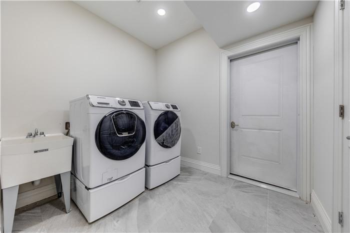 17.laundry.jpg