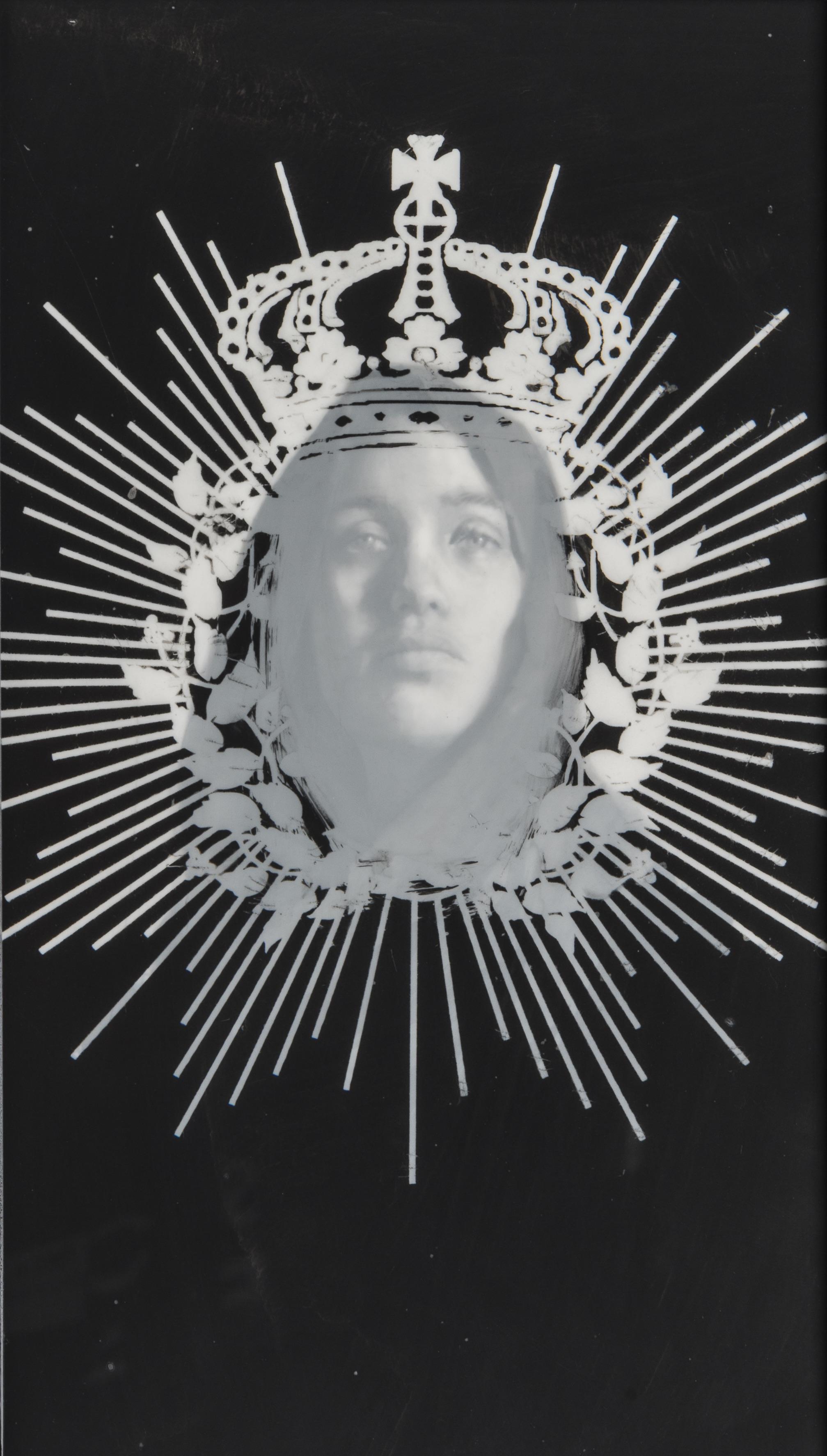 Uranus (Garland, Crown and Veil)