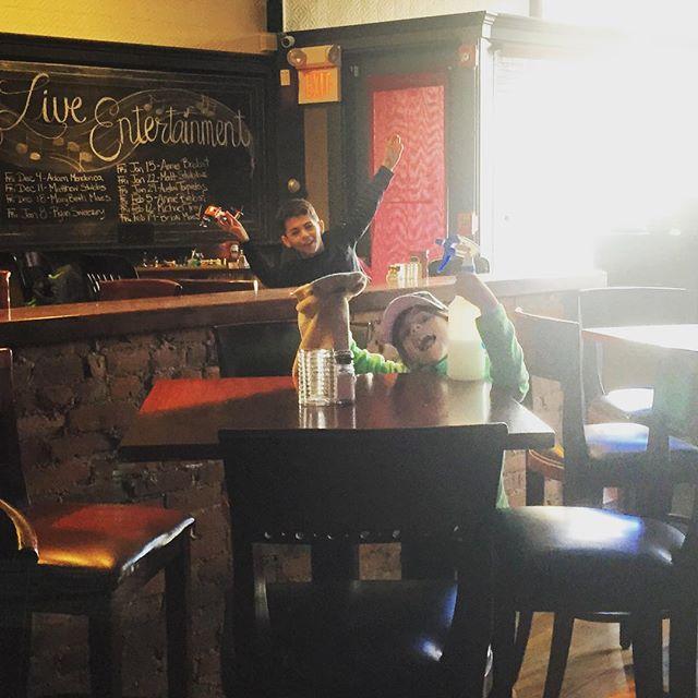 #ejcabots #workersintraining #thursdaynight #primeribnight #nothingbetter #schoolvacation #beverly #restaurant #❤️ @ej_cabots @timdonahue.73