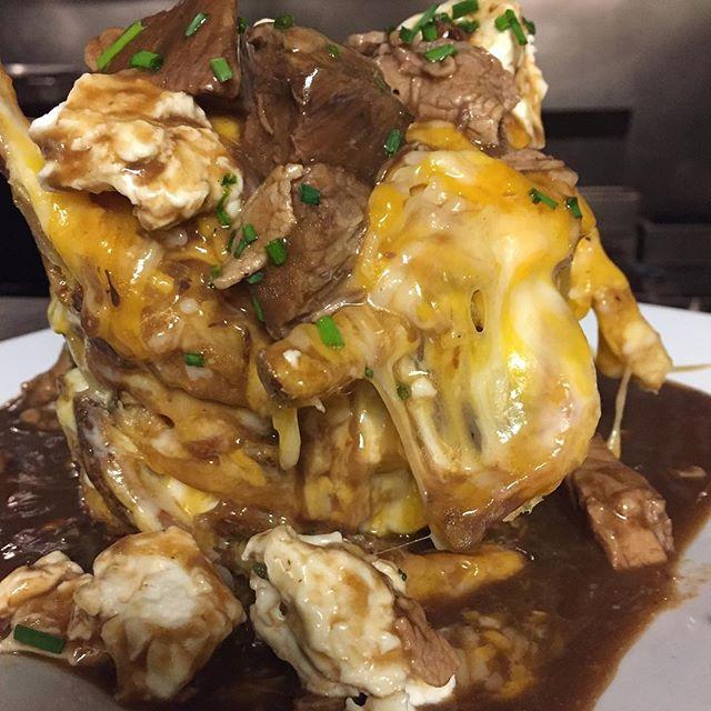 Homemade poutine! #ejcabots #delicious #restaurant #beverly #shortribgravy #poutine #nofilter #mozzarellacurd @ej_cabots