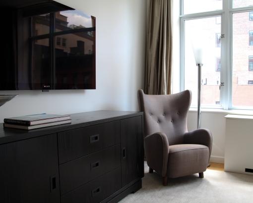 Bedroom TV 2.JPG