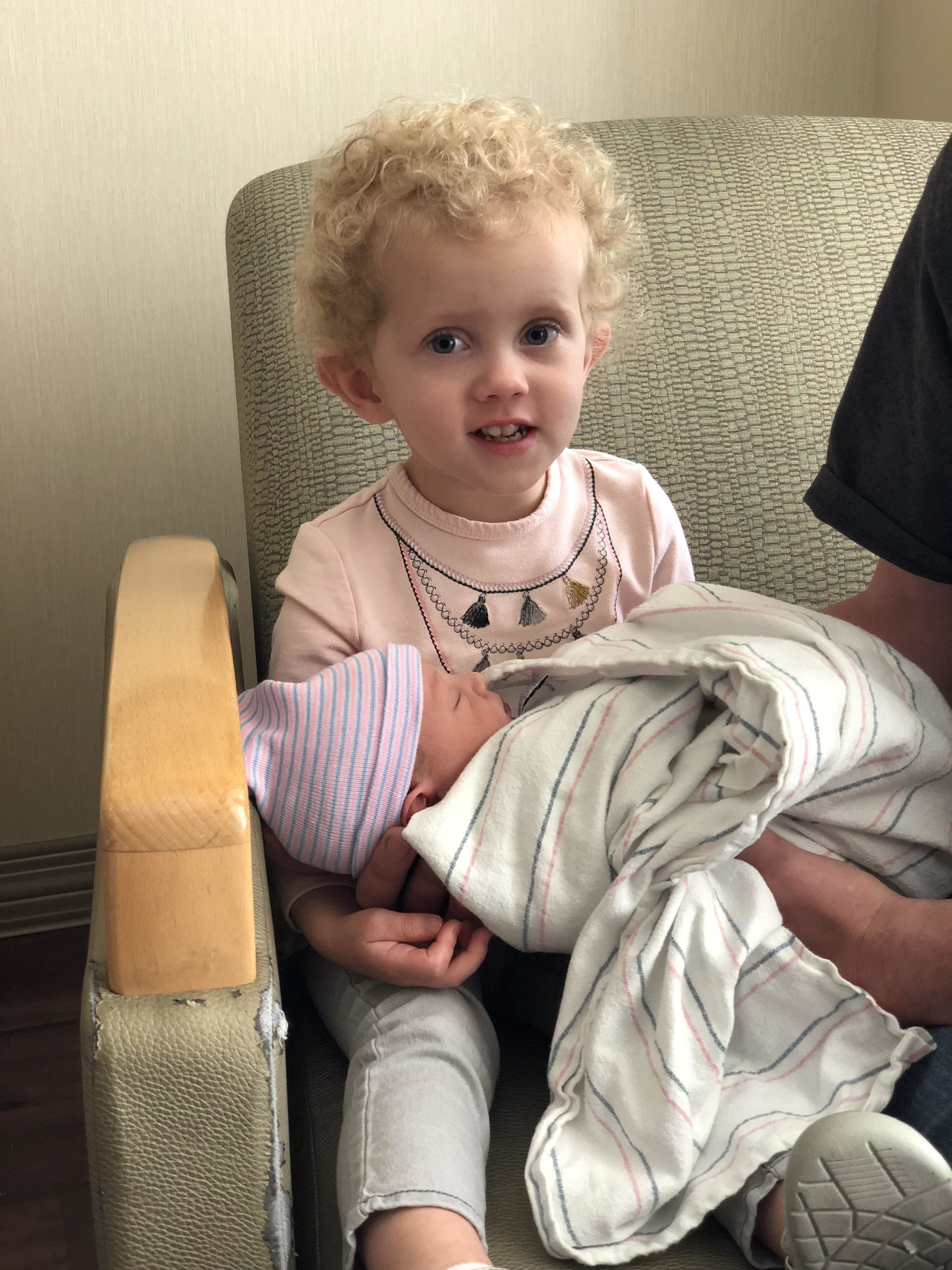 Sienna meeting Carson for the first time.