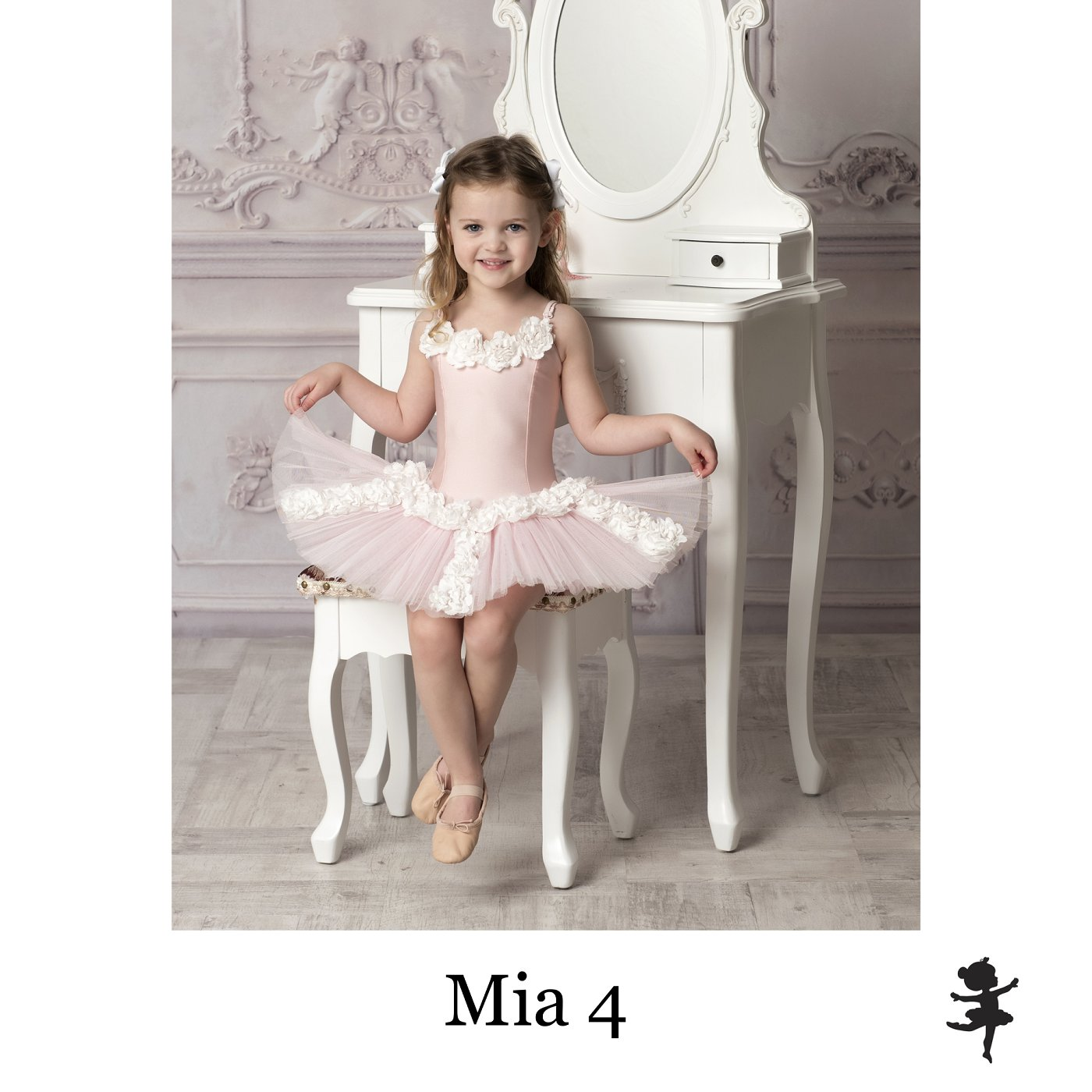 LB15819- Mia 4.jpg