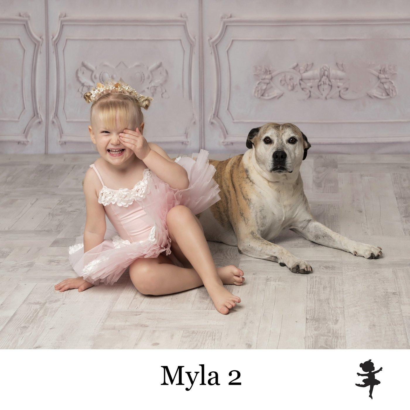 LB8619-Myla2.jpg