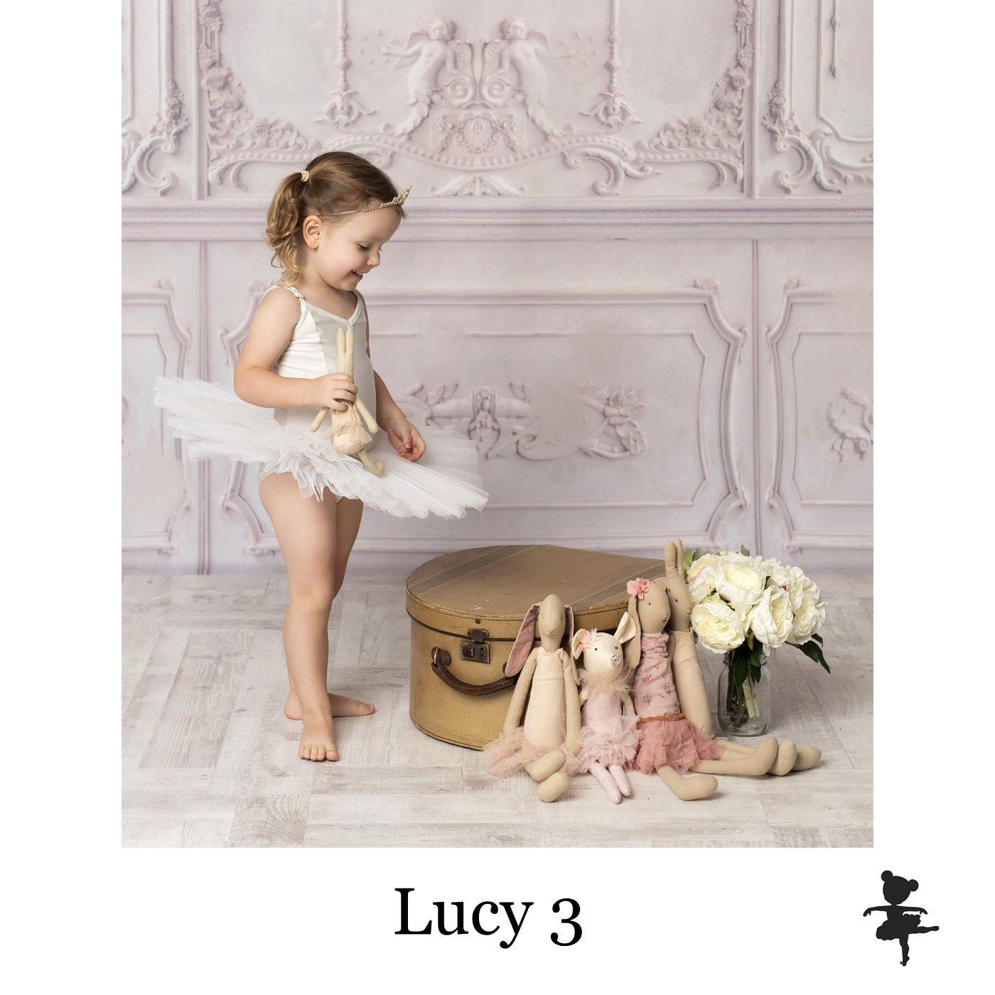 LB9119- Lucy 3.jpg