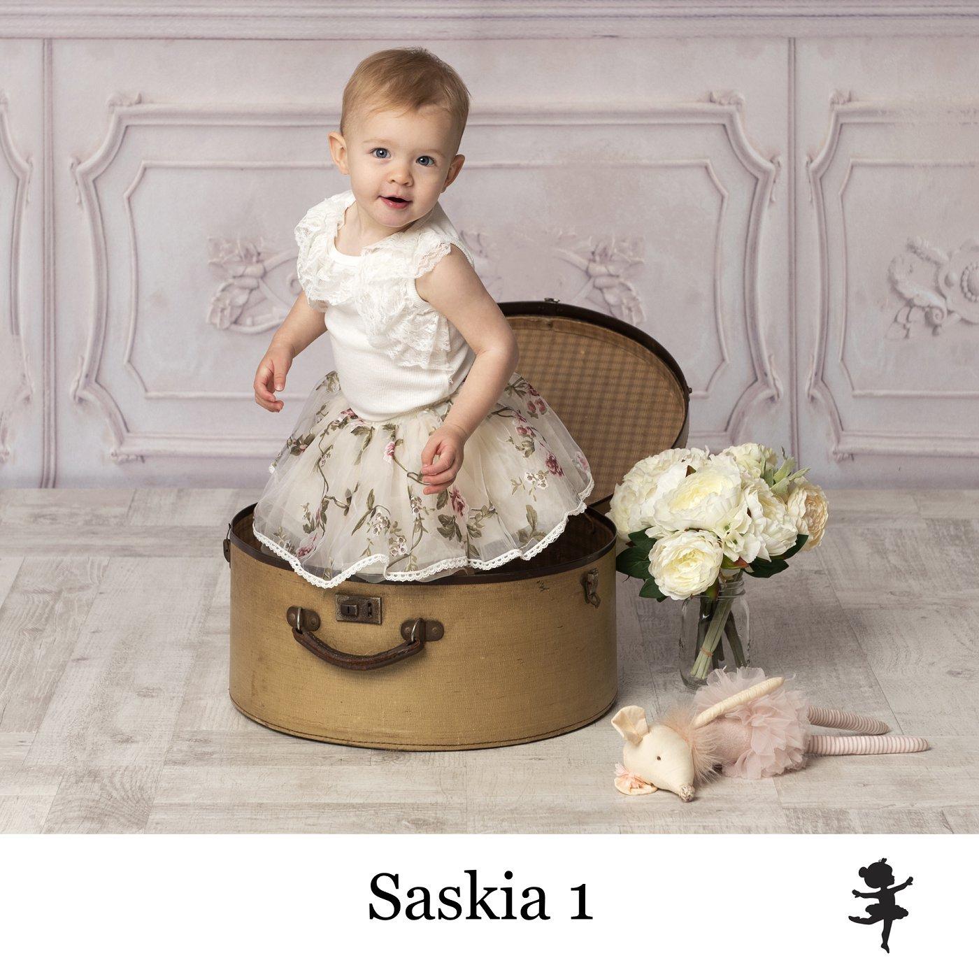 LB11419- Saskia 1.jpg