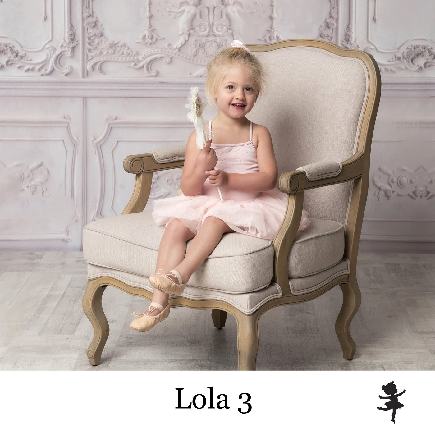 LB13119-Lola3.jpg